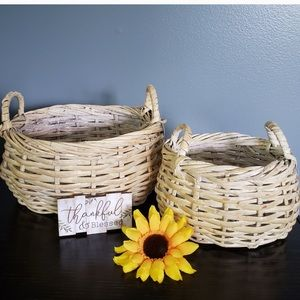 Woven Baskets Country Farmhouse Shabby Chic Rustic